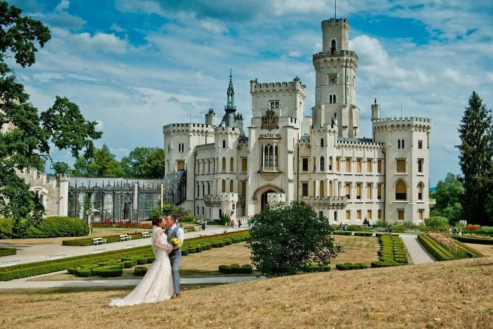 Castle-Hluboka-main