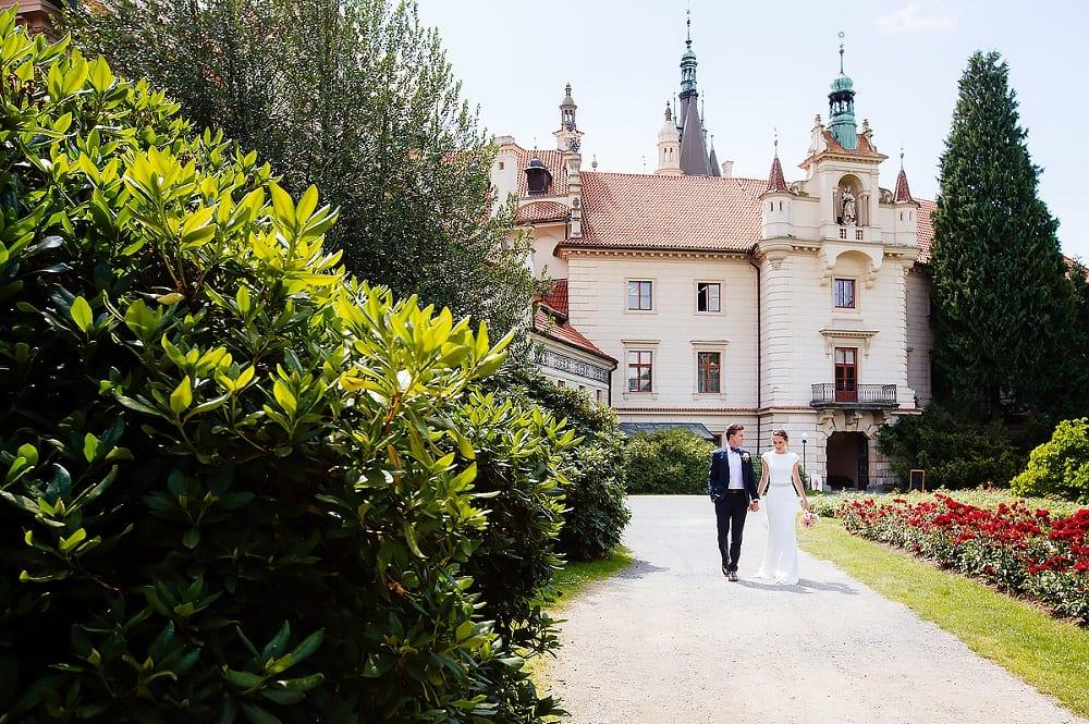 Pruhonice-castle-main