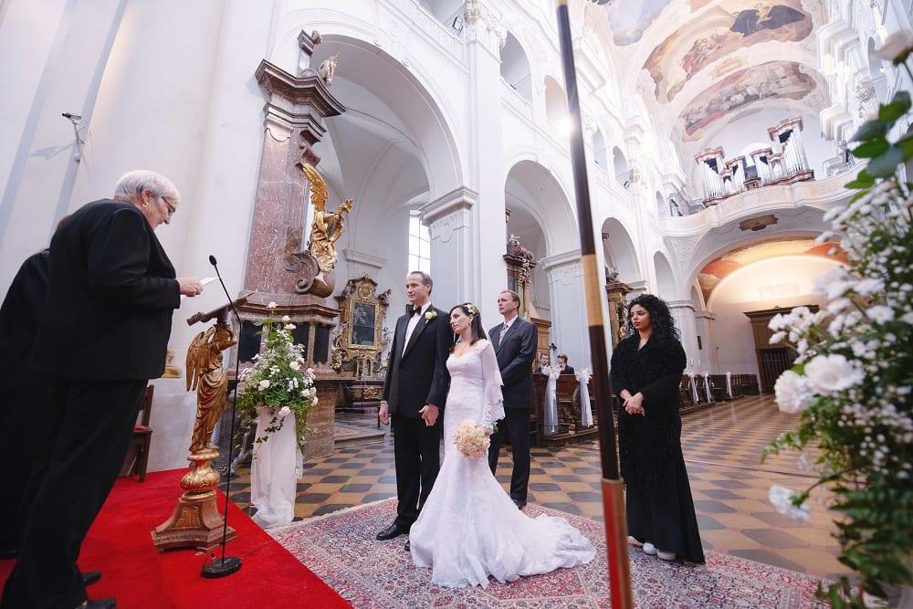 wedding_in_church