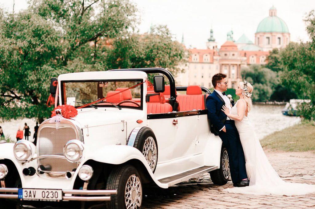 Wedding Transport in Czechia